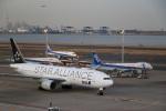 レガシィさんが、羽田空港で撮影した全日空 777-281の航空フォト(写真)