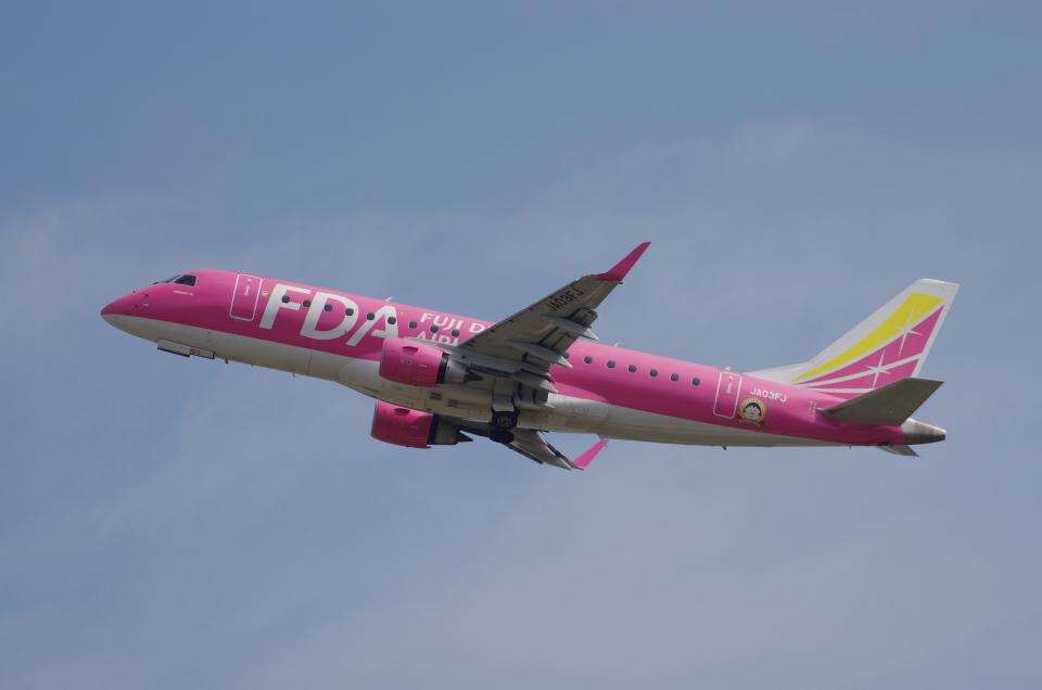 yabyanさんのフジドリームエアラインズ Embraer 175 (JA03FJ) 航空フォト