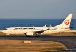 れんしさんが、北九州空港で撮影した日本航空 737-846の航空フォト(写真)