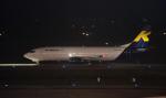 kenko.sさんが、ノイバイ国際空港で撮影したKマイル エア 737-4M0/SFの航空フォト(写真)