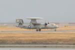 OMAさんが、岩国空港で撮影したアメリカ海軍 E-2D Advanced Hawkeyeの航空フォト(飛行機 写真・画像)