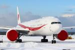 セブンさんが、新千歳空港で撮影した航空自衛隊 777-3SB/ERの航空フォト(飛行機 写真・画像)