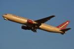 デルタおA330さんが、横田基地で撮影したオムニエアインターナショナル 767-3Q8/ERの航空フォト(写真)