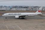 ゆう改めてさんが、福岡空港で撮影した日本航空 777-289の航空フォト(写真)