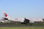 安芸あすかさんが、シドニー国際空港で撮影した中国東方航空 A330-243の航空フォト(写真)