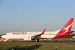 安芸あすかさんが、シドニー国際空港で撮影したカンタス航空 737-838の航空フォト(写真)