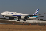 endress voyageさんが、伊丹空港で撮影した全日空 777-281の航空フォト(写真)