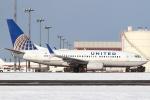 セブンさんが、新千歳空港で撮影したユナイテッド航空 737-724の航空フォト(写真)
