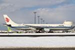 セブンさんが、新千歳空港で撮影した中国国際航空 A330-343Xの航空フォト(飛行機 写真・画像)