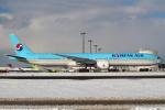 セブンさんが、新千歳空港で撮影した大韓航空 777-3B5/ERの航空フォト(写真)