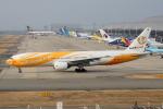 徳兵衛さんが、関西国際空港で撮影したノックスクート 777-212/ERの航空フォト(写真)