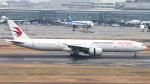 誘喜さんが、羽田空港で撮影した中国東方航空 777-39P/ERの航空フォト(写真)
