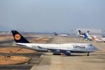 T.Sazenさんが、関西国際空港で撮影したルフトハンザドイツ航空 747-430の航空フォト(飛行機 写真・画像)