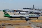 ハピネスさんが、関西国際空港で撮影したエバー航空 777-35E/ERの航空フォト(写真)