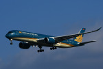 チャーリーマイクさんが、羽田空港で撮影したベトナム航空 A350-941XWBの航空フォト(写真)