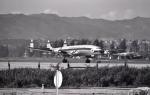 kiheiさんが、伊丹空港で撮影した大韓航空 L-1049E Super Constellationの航空フォト(写真)