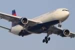 imosaさんが、羽田空港で撮影したデルタ航空 A330-302の航空フォト(写真)