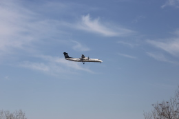 M_Mさんが、ウィーン国際空港で撮影したオーストリア航空 DHC-8-402Q Dash 8の航空フォト(飛行機 写真・画像)