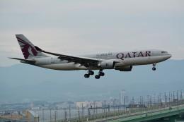 k-spotterさんが、関西国際空港で撮影したカタール航空 A330-202の航空フォト(飛行機 写真・画像)