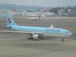 commet7575さんが、福岡空港で撮影した大韓航空 A330-223の航空フォト(写真)