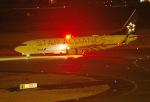 ひげおやじさんが、富山空港で撮影した全日空 737-881の航空フォト(飛行機 写真・画像)