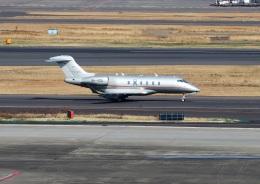 ハム太郎。さんが、羽田空港で撮影したビスタジェット BD-100 Challenger 300/350の航空フォト(写真)