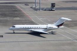ハム太郎。さんが、羽田空港で撮影したネットジェット・インターナショナル BD-700 Global Express/5000/6000の航空フォト(写真)