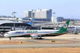 T.Sazenさんが、関西国際空港で撮影したエバー航空 787-9の航空フォト(写真)