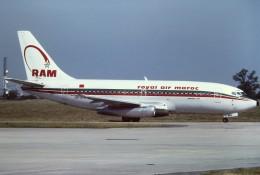 tassさんが、パリ オルリー空港で撮影したロイヤル・エア・モロッコ 737-2T5/Advの航空フォト(飛行機 写真・画像)