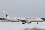 ATOMさんが、帯広空港で撮影した中国東方航空 A320-214の航空フォト(写真)