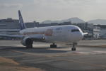 とっちさんが、福岡空港で撮影した全日空 767-381/ERの航空フォト(写真)
