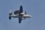 NFファンさんが、厚木飛行場で撮影したアメリカ海軍 E-2D Advanced Hawkeyeの航空フォト(写真)