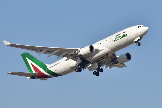 航空フォト:EI-EJM アリタリア航空 A330-200