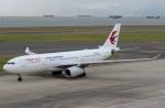 ハピネスさんが、中部国際空港で撮影した中国東方航空 A330-243の航空フォト(飛行機 写真・画像)