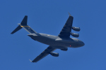 NFファンさんが、厚木飛行場で撮影したアメリカ空軍 C-17A Globemaster IIIの航空フォト(写真)