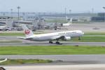kuro2059さんが、羽田空港で撮影した日本航空 767-346の航空フォト(写真)