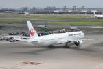 kuro2059さんが、羽田空港で撮影した日本航空 777-346/ERの航空フォト(写真)