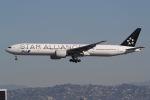 takoyanさんが、ロサンゼルス国際空港で撮影した全日空 777-381/ERの航空フォト(写真)