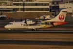 JA56SSさんが、伊丹空港で撮影した日本エアコミューター ATR-42-600の航空フォト(写真)