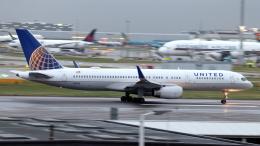 誘喜さんが、ロンドン・ヒースロー空港で撮影したユナイテッド航空 757-224の航空フォト(飛行機 写真・画像)