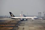 T.Sazenさんが、関西国際空港で撮影したシンガポール航空 A380-841の航空フォト(飛行機 写真・画像)