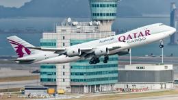 pinama9873さんが、香港国際空港で撮影したカタール航空カーゴ 747-87UF/SCDの航空フォト(飛行機 写真・画像)