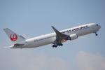 ちゃぽんさんが、成田国際空港で撮影した日本航空 767-346/ERの航空フォト(写真)