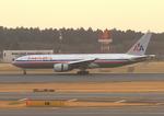 ふじいあきらさんが、成田国際空港で撮影したアメリカン航空 777-223/ERの航空フォト(飛行機 写真・画像)