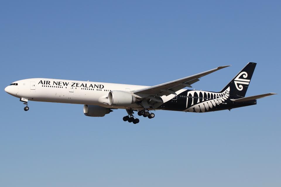 masa707さんのニュージーランド航空 Boeing 777-300 (ZK-OKN) 航空フォト