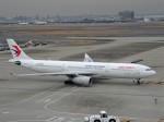 KAZFLYERさんが、羽田空港で撮影した中国東方航空 A330-343Xの航空フォト(写真)