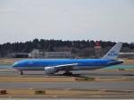 KAZFLYERさんが、成田国際空港で撮影したKLMオランダ航空 777-206/ERの航空フォト(写真)
