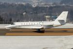西風さんが、大館能代空港で撮影したノエビア 680 Citation Sovereignの航空フォト(写真)