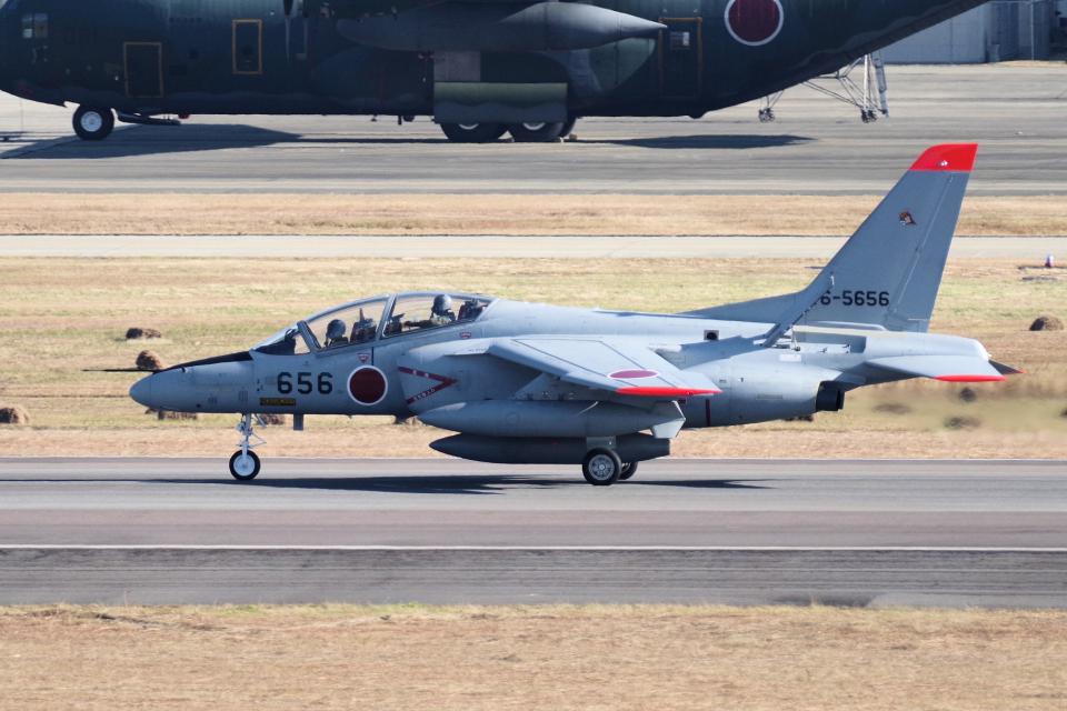 yabyanさんの航空自衛隊 Kawasaki T-4 (16-5656) 航空フォト