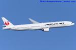 いおりさんが、羽田空港で撮影した日本航空 777-346の航空フォト(写真)